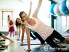 Frauen bei Fitnessübungen.