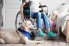 Vorsorge-Impfschutz-Poliomyelitis-Kind im Rollstuhl