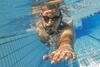 Schwimmen unter Wasser.