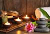 Aryurvedische Ernährung: Kerzen und Steine